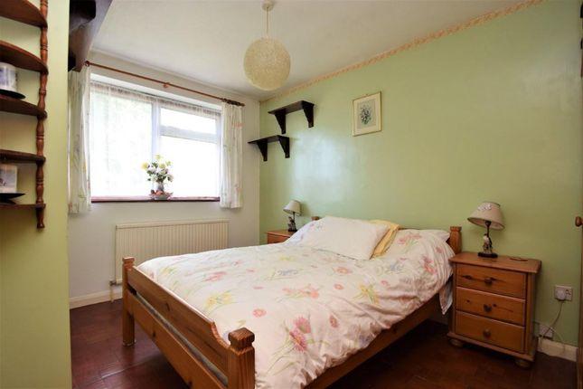 Bedroom of Wayside Green, Woodcote, Reading RG8