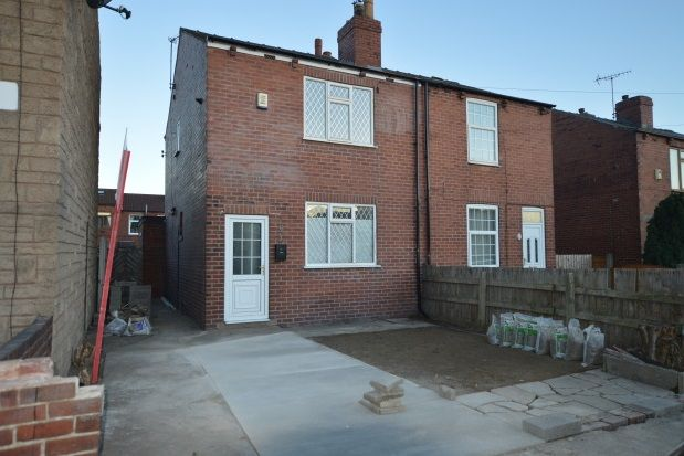 Thumbnail Property to rent in Westfields, Castleford