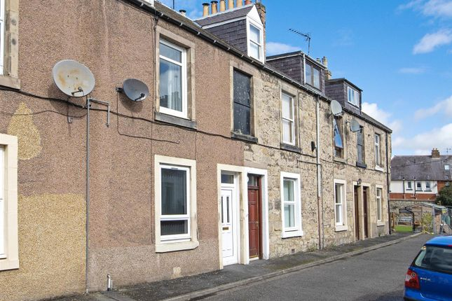 Thumbnail Flat for sale in Albert Place, Kelso