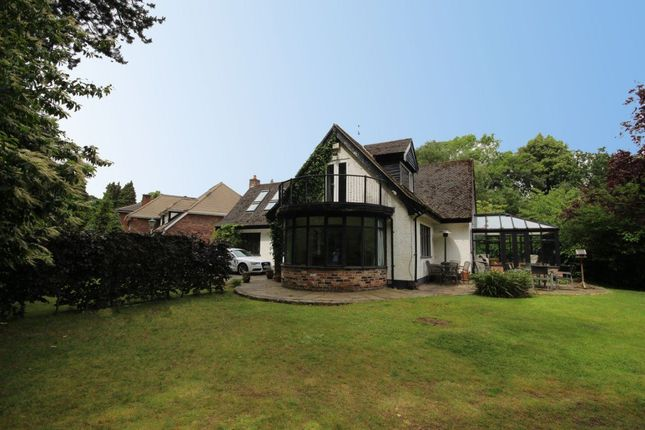 Thumbnail Detached house to rent in Woodend, Bramhall Park Rd