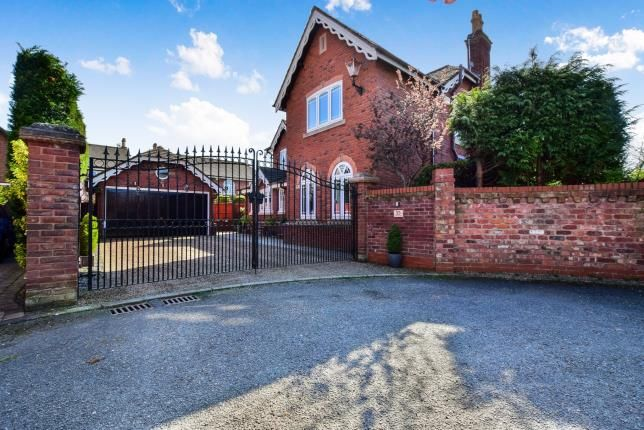 Thumbnail Detached house for sale in Ashberry Drive, Appleton Thorn, Warrington, Cheshire
