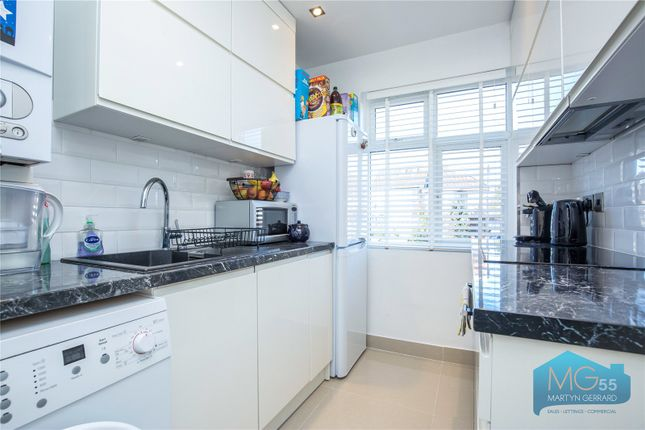 Picture No. 09 of Monks Avenue, New Barnet, London EN5