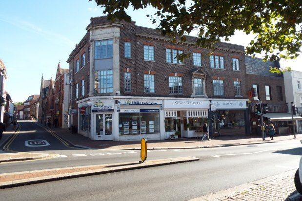 Studio to rent in 1 East Street, Tonbridge TN9