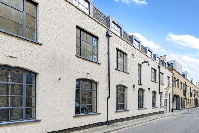 2 bed flat to rent in Mandela Street, London