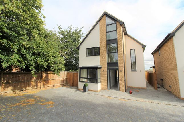 Thumbnail Detached house for sale in Biggleswade Road, Dunton, Biggleswade
