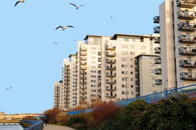Thumbnail Flat to rent in Sark Tower, Thamesmead West