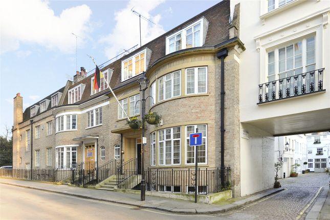 Thumbnail Property for sale in Bathurst Street, London