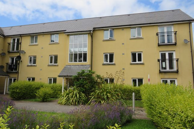 Flat for sale in Tovey Crescent, Manadon Park, Plymouth