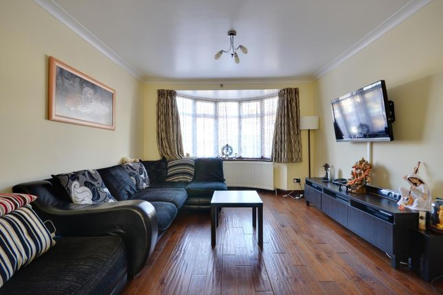 Thumbnail Terraced house to rent in Mildred Avenue, Hayes, Middlesex