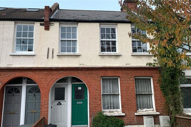 3 bed property to rent in Oakmead Road, London SW12