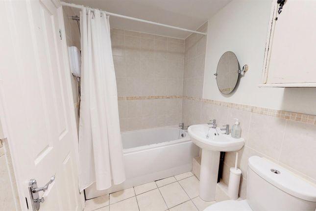 Bathroom of Bowden Hill, Chilcompton, Radstock BA3
