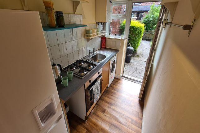 Kitchen of Mabfield Road, Fallowfield, Manchester M14