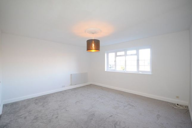 Flats To Let In Peel Close Windsor Sl4 Apartments To
