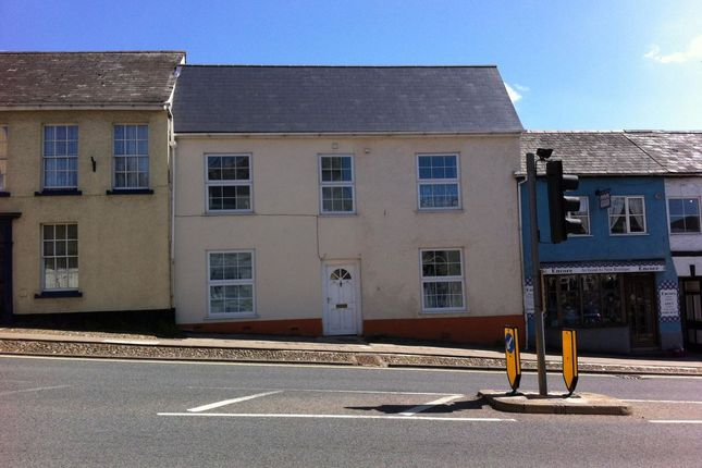 Thumbnail Flat to rent in St. John Close, High Street, Honiton