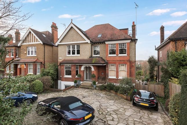 Thumbnail Detached house for sale in Dollis Avenue, Finchley