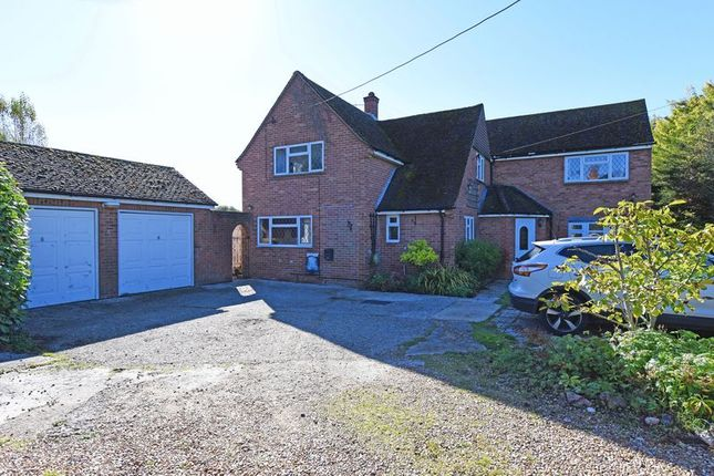 Thumbnail Detached house for sale in Aldermaston Road, Pamber Green, Tadley