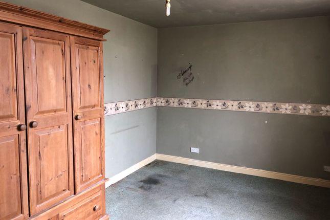 Thumbnail Flat to rent in Westgate, Heckmondwike