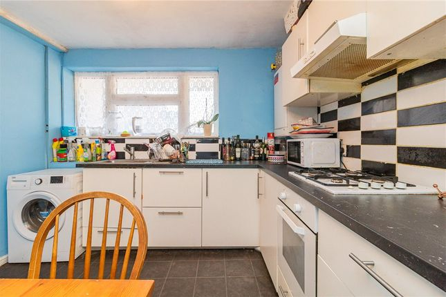 Thumbnail Maisonette for sale in Foxglove Close, Stanwell, Staines-Upon-Thames