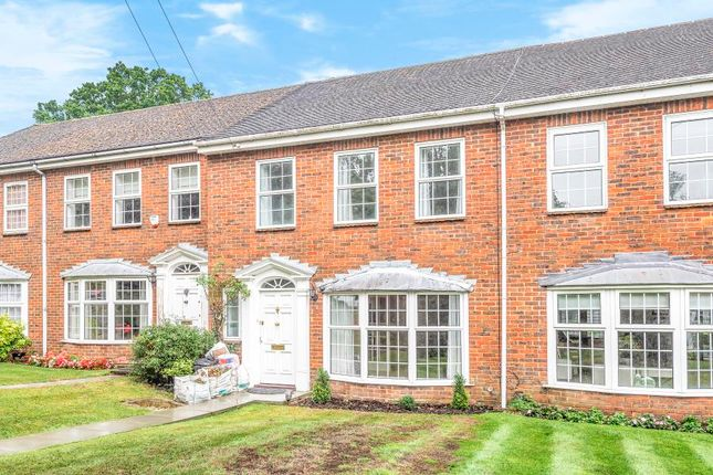 Thumbnail Terraced house to rent in Rising Hill Close, Northwood