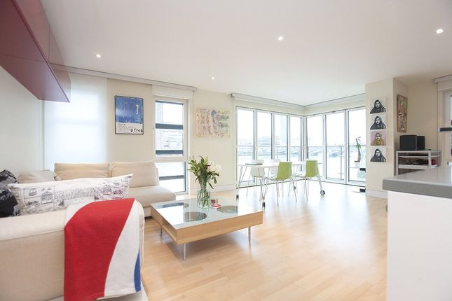Thumbnail Flat to rent in Sir John Lyon House, High Timber Street, The City, Blackfriars