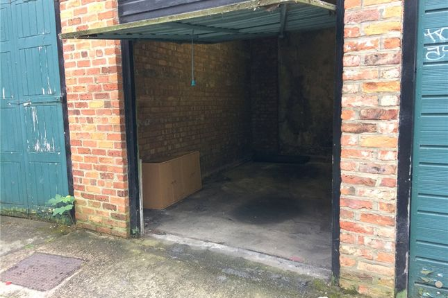 Thumbnail Property to rent in Garage 2, Trinity Lane, York