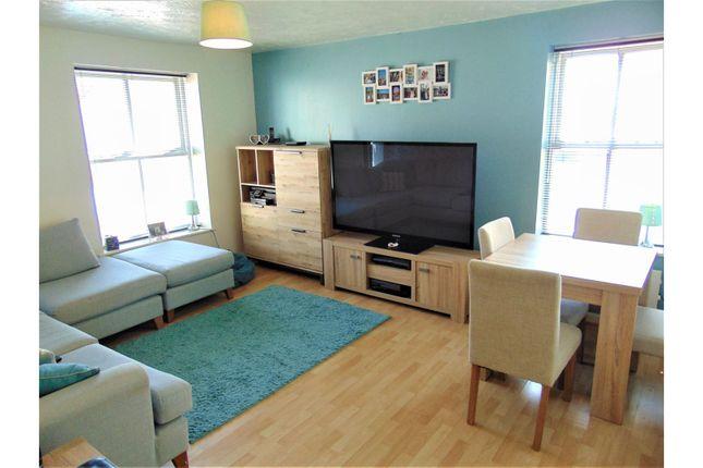 Living Room of Cotehele Drive, Paignton TQ3