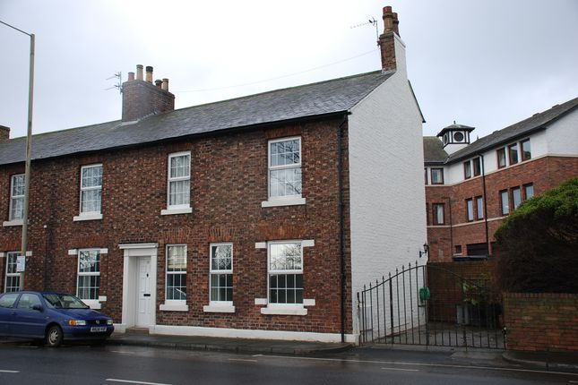 Thumbnail Terraced house to rent in 17 Brampton Road, Carlisle