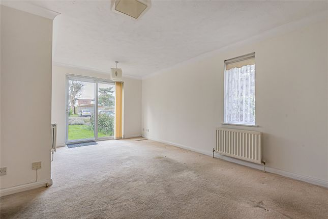 Picture No. 08 of Fernhill Place, 320 Tubbenden Lane South, Farnborough Village, Kent BR6