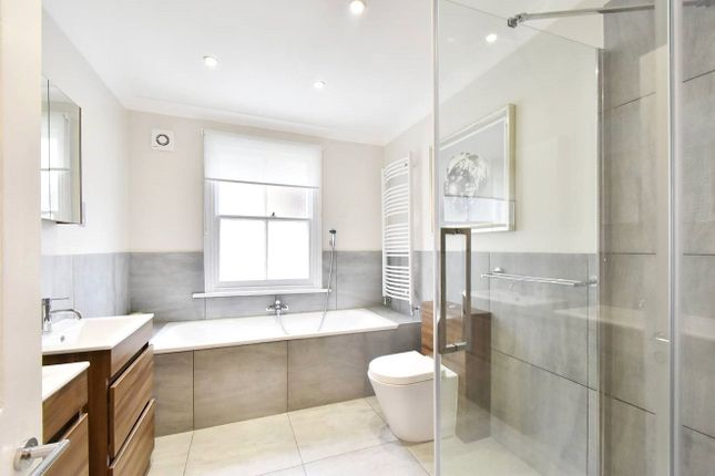 Bathroom of Mimosa Street, Parsons Green, Fulham, London SW6