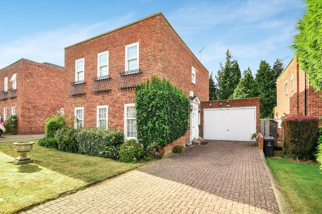 Thumbnail Detached house to rent in Georgian Close, Stanmore
