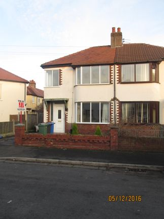 Thumbnail Shared accommodation to rent in Coniston Avenue, Thornton-Cleveleys