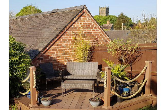 Garden of Daleacre Court, Lockington DE74