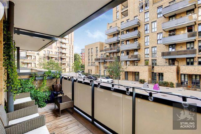 Balcony of Lanyard Court, 24 Nellie Cressall Way, London E3