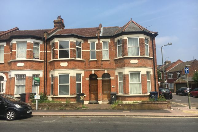 Thumbnail Maisonette to rent in Nether Street, North Finchley
