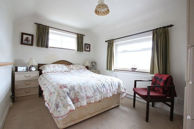Bedroom of Hooton Road, Willaston, Cheshire CH64