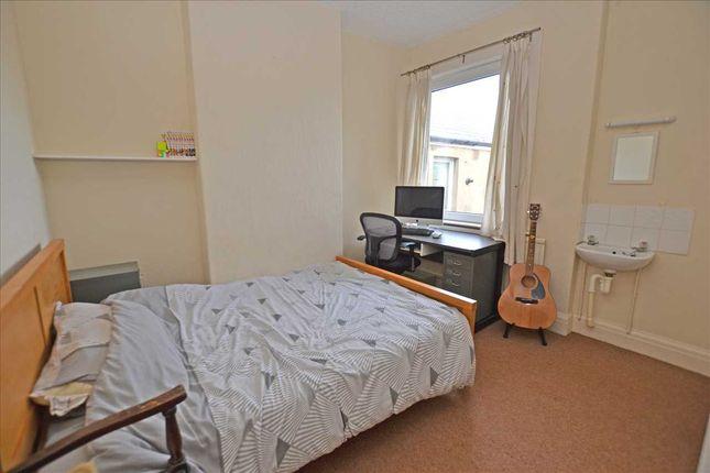 Bedroom 3 of Clodien Avenue, Heath, Cardiff CF14