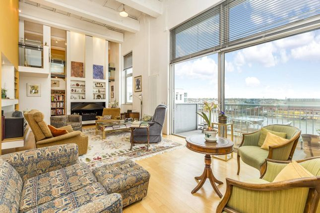 Thumbnail Maisonette for sale in The Piper Building, Peterborough Road, Fulham, London