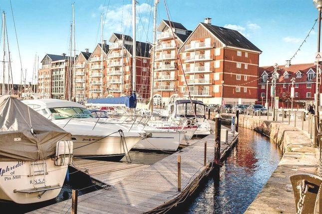 Thumbnail Flat to rent in Neptune Square, Ipswich