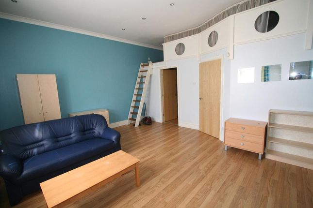 Thumbnail Property to rent in Flat 3, 40 Hyde Terrace, City Centre