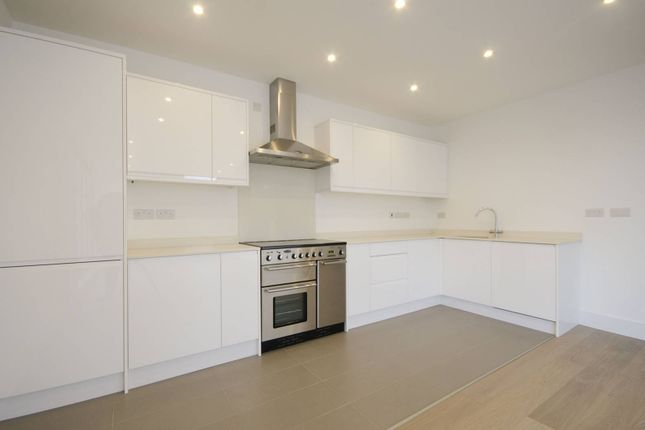 Thumbnail Flat to rent in County Street, London Bridge