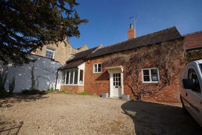 Thumbnail Cottage to rent in Kemerton, Tewkesbury