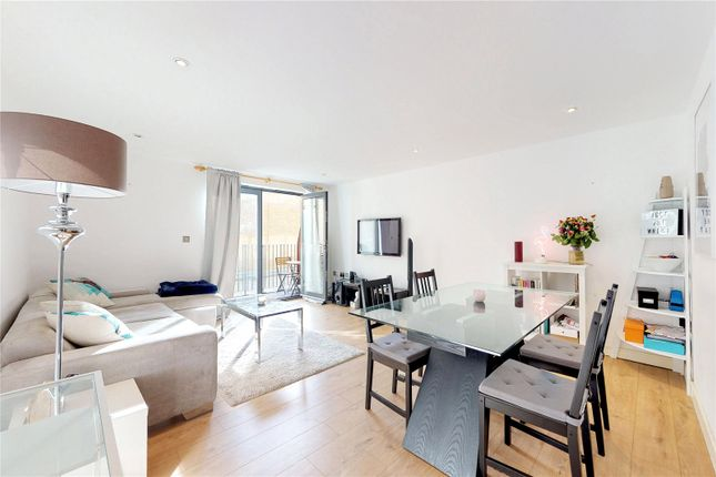 Thumbnail Flat for sale in William Road, Regents Park, London
