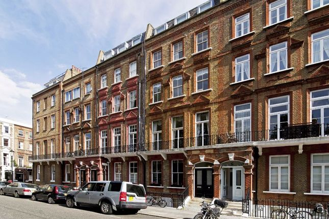 Thumbnail Studio to rent in Nevern Square, London