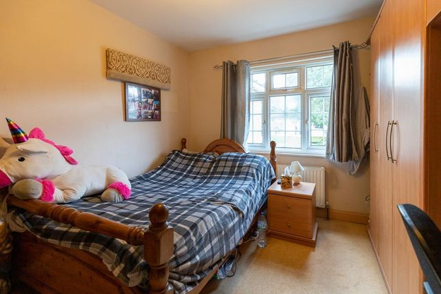 Thumbnail Shared accommodation to rent in Chairborough Road, Cressex Business Park, High Wycombe