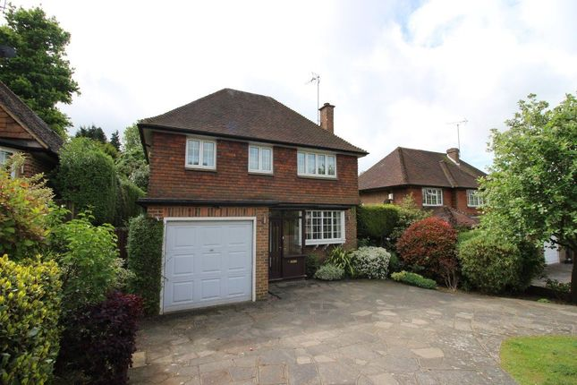 Thumbnail Property to rent in Warren Road, Bushey Heath, Bushey