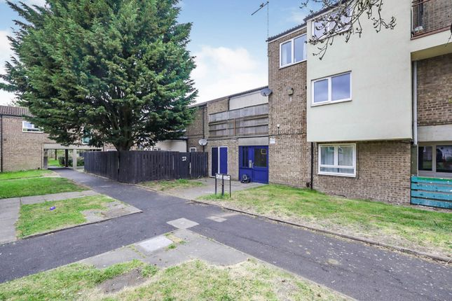 Thumbnail Flat for sale in Padstow Walk, Scunthorpe