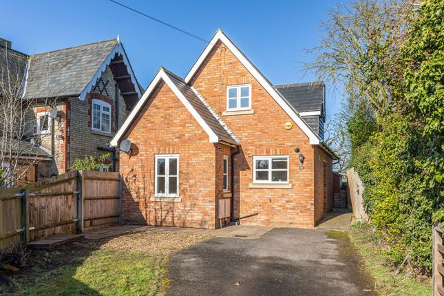 Thumbnail Detached house for sale in Greenway, Campton, Shefford, Beds