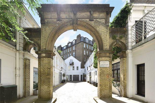 Thumbnail Mews house to rent in Laverton Mews, London