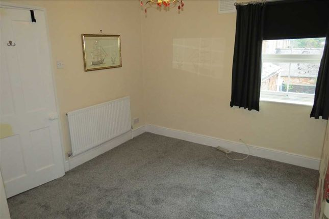 Bedroom 2: of Albion Terrace, Sleaford NG34