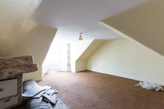 Bedroom 4 of Balmain Street, Montrose DD10